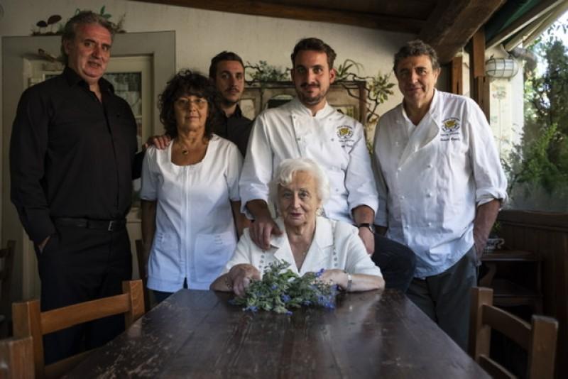 La Famiglia Circella, Ne, Val Graveglia, Campo di Ne